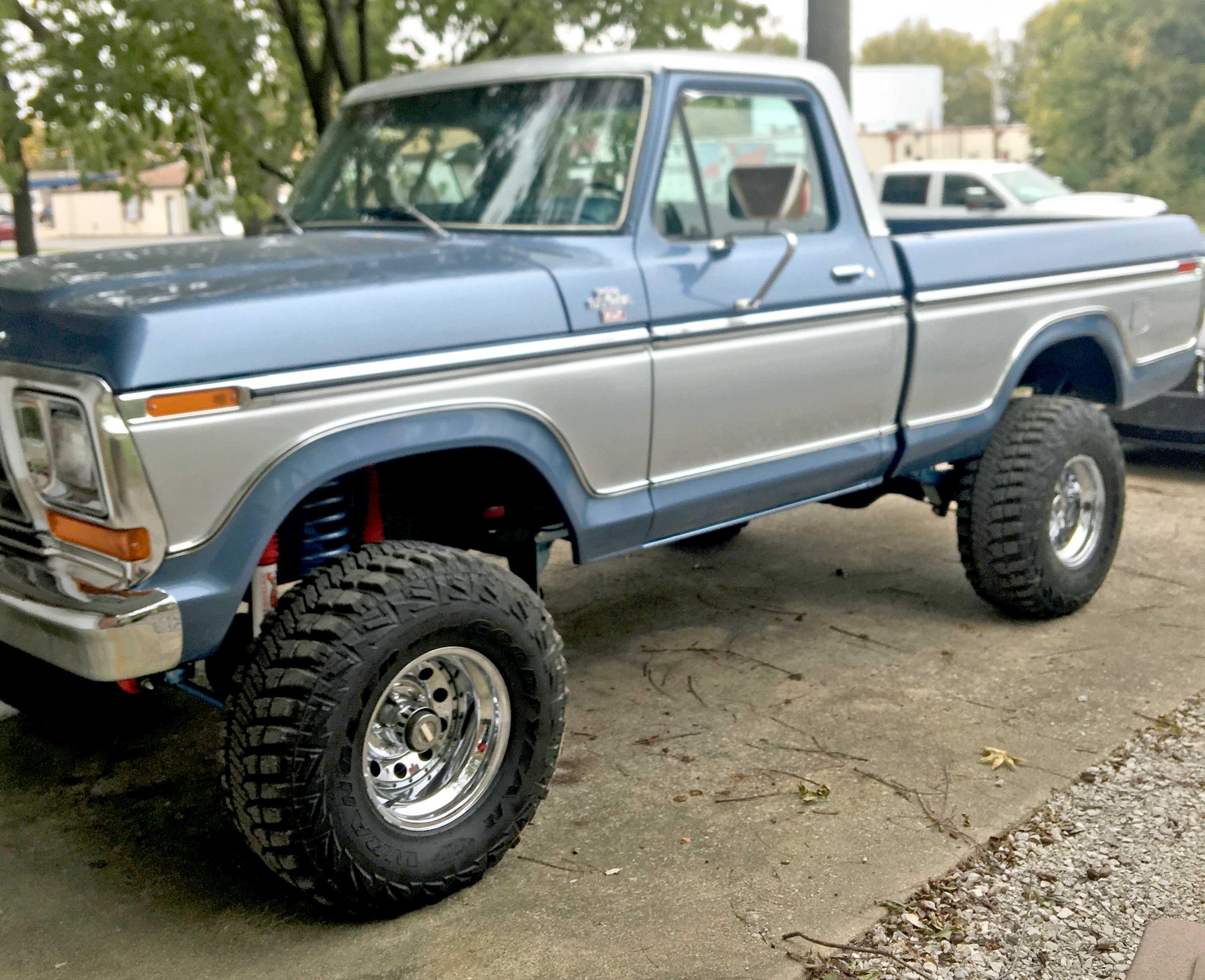 Lot 34 - 1979 Ford F150 Ranger XLT 4 wheel drive. 149,000 miles. Vin# F14HUEJ6006