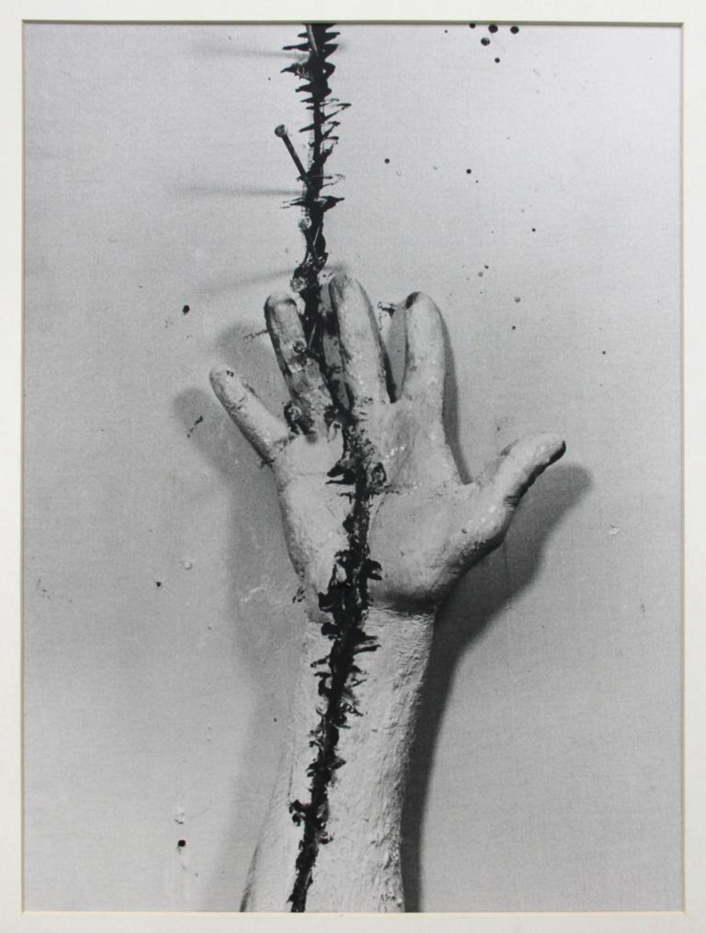 Brus Günter (geb. 1938) Ohne Titel 1980er Fotografie handsigniert auf Label rückseitig 58,5 x 47,5