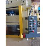 Bausch 200 Ton 4 Post Hydraulic Press