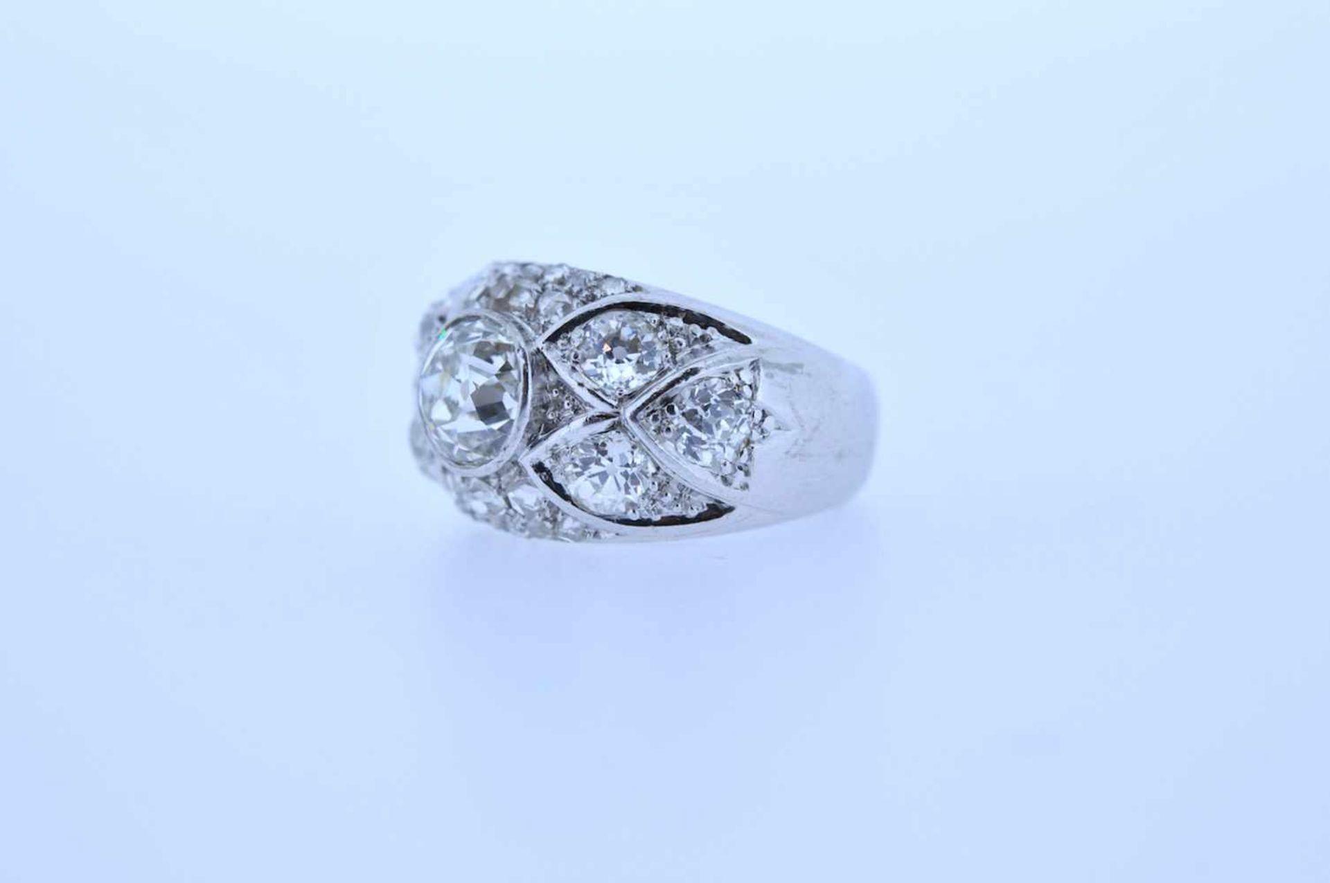 Los 48 - Ring Platin Ring mit Altschliffdiamanten, zus.ca. 2 ct, Ringweite 52, 11,24 g. Ring Ring with old