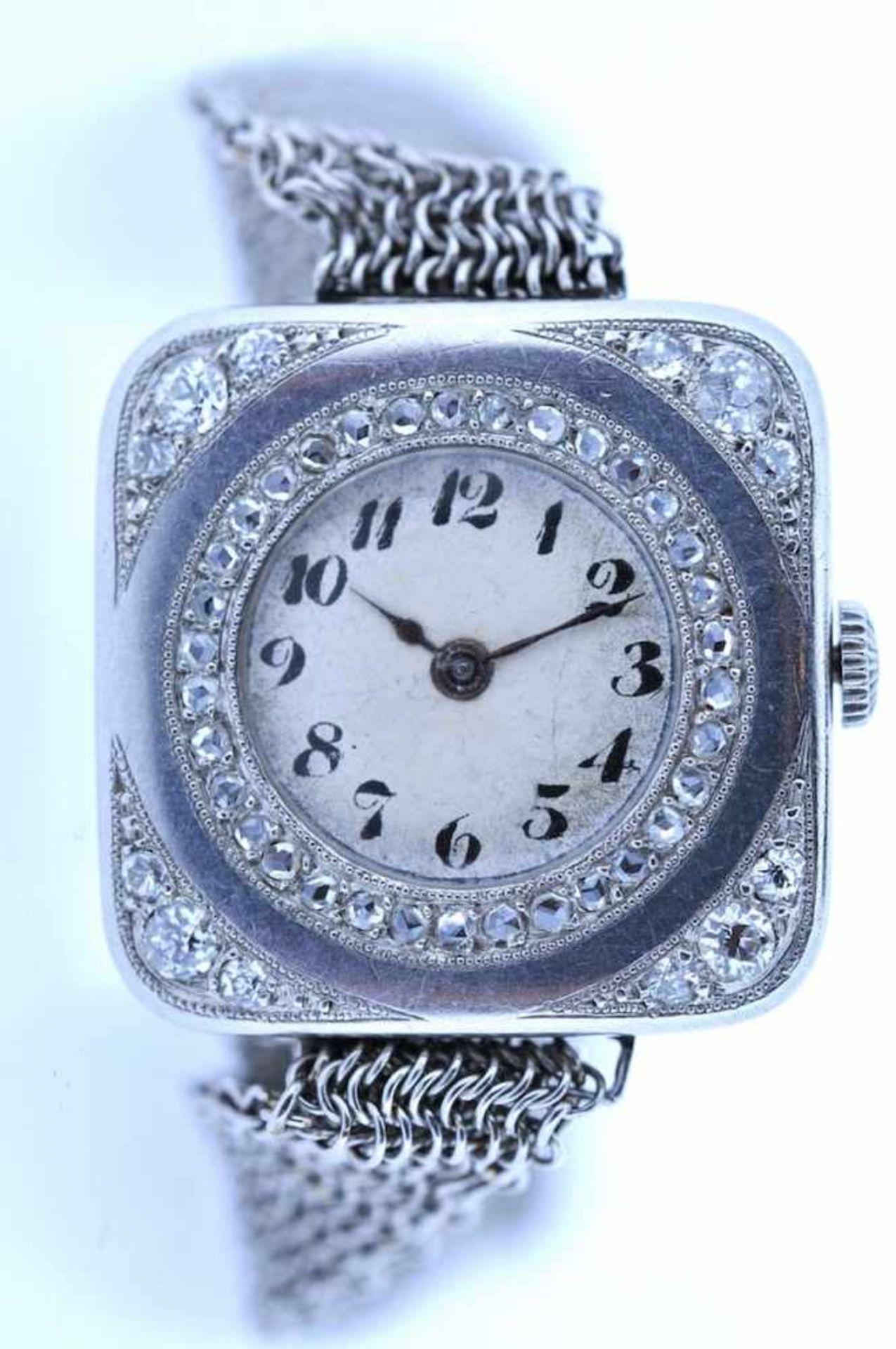 Damenuhr Art-Deco Platin Damenuhr mit Diamantrauten, zus.ca. 0,4 ct, an Platin Schubschließe mit