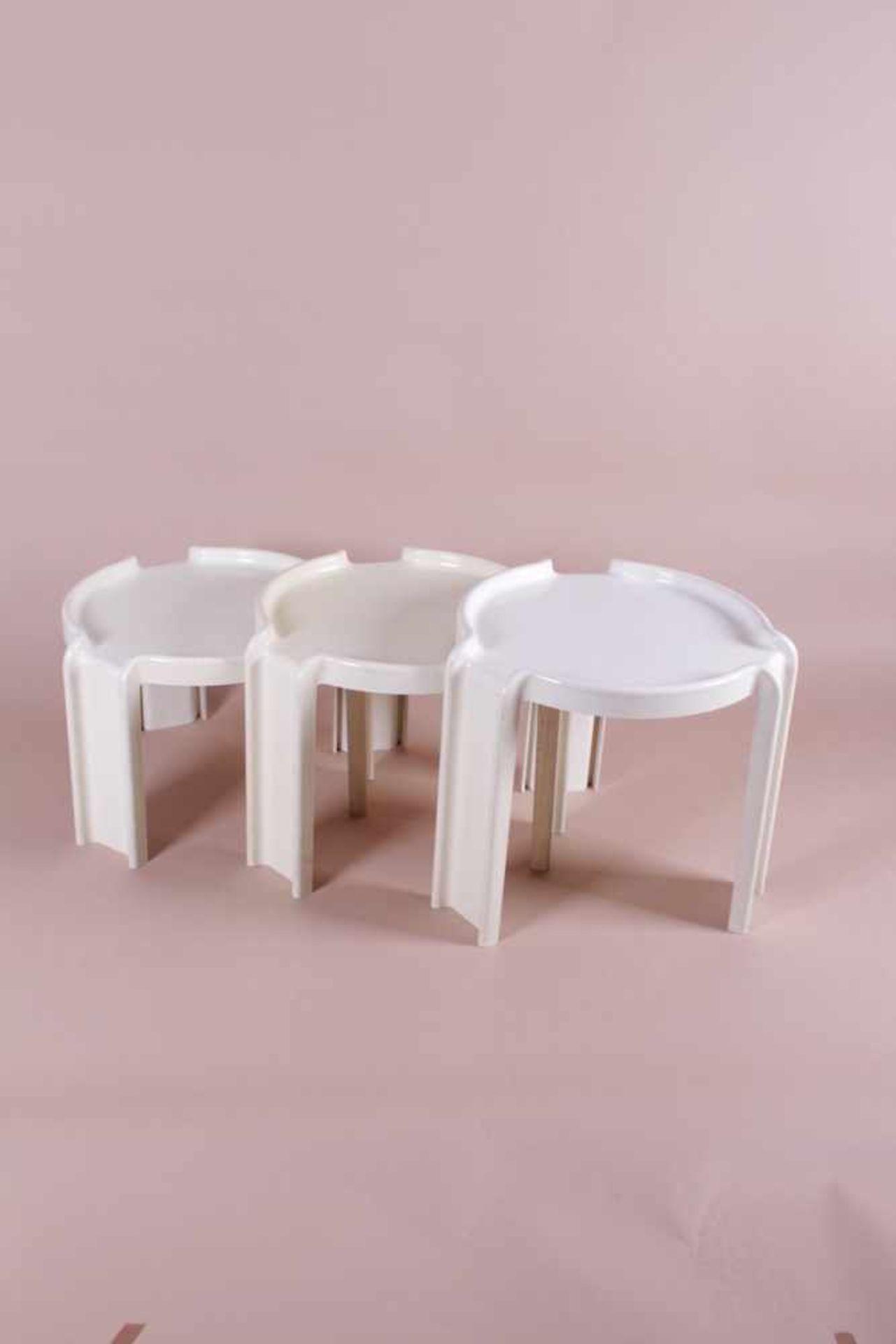 Los 54 - Drei Designer Beistelltische 60er Jahre Three Designer Side Tables 1960s