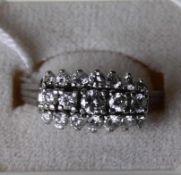 Weissgold Damenring mit Diamanten 14 kt, Diamanten 0,95 ct von si - pi2, punziert 585, Ringmass