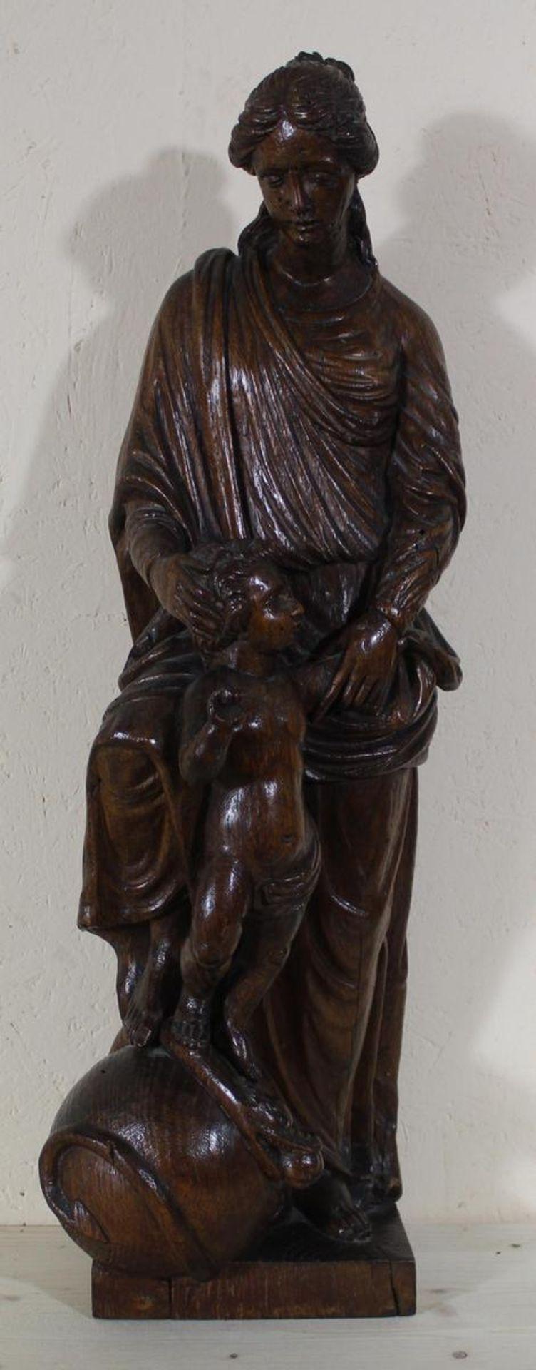 Marienfigur mit Kind und Schlange wohl Belgien 18/19. Jh., wohl Lindenholz, Höhe ca. 58,5 cm,