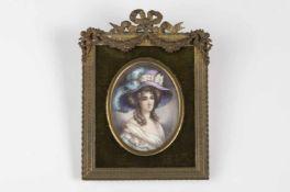 Signiert Janny, Anfang 19.Jh., junge Dame mit lilafarbenem Hut, ovale Aquarellminiatur, reich