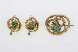 Biedermeier Schmuckgarnitur Gold 580, bestehend aus: 1 Brosche, 2 Ohrringe, mit Halbperlen und