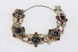 Armkette Silber, vergoldet, mit Granat und Imitationssteinen, 38,9 g, Länge 20 cm,