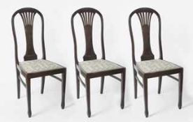 3 Sessel Eiche, dunkelbraun gebeizt, gepolsterte Sitzflächen in der Art des Jugendstils,
