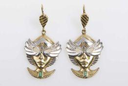 """Paar Ohrhänger""""Maske"""" Gold 585 mit je 1 Smaragd, teilw. rhodiniert, 27,6 g;"""
