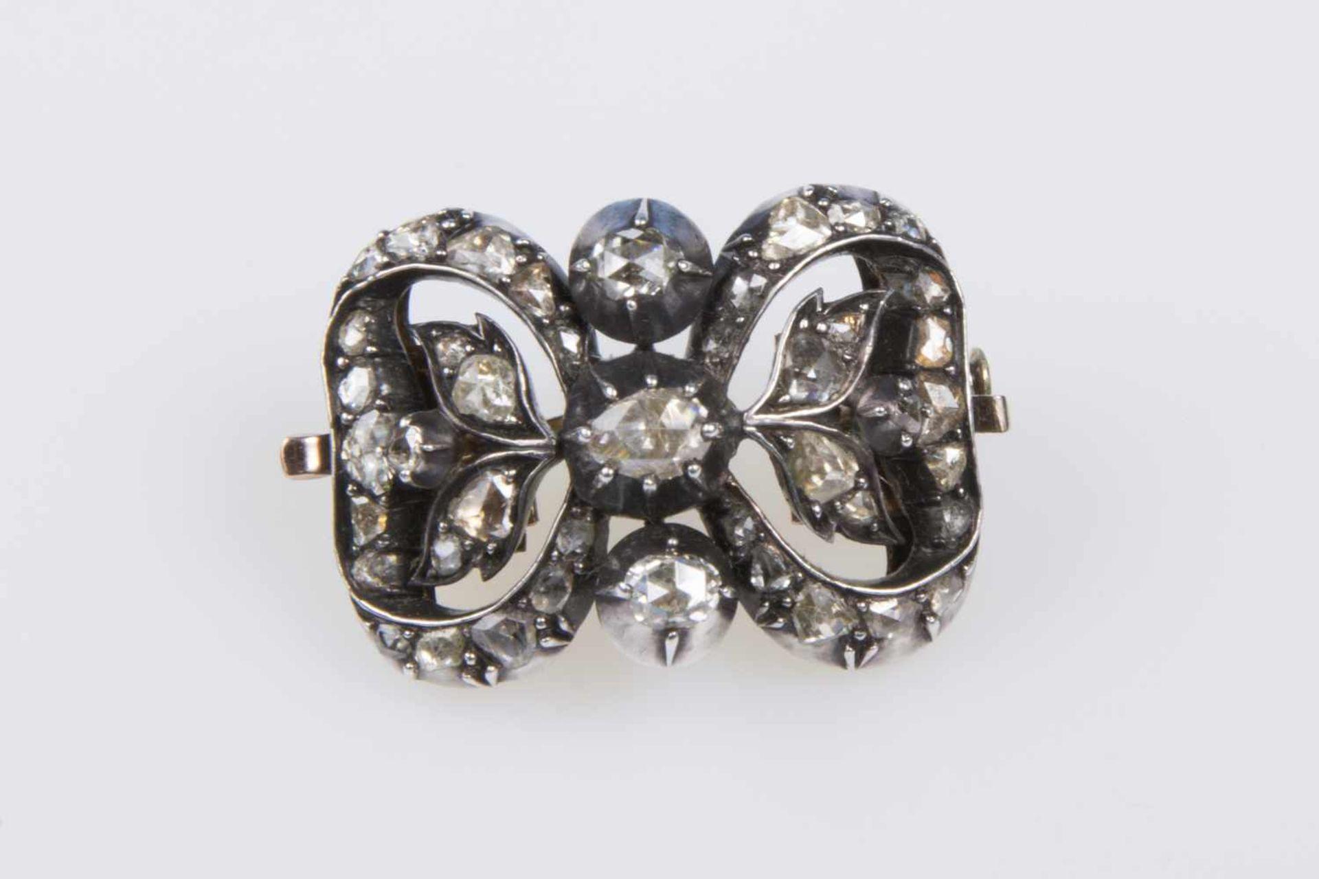 AnhängerGold 580, Diamantrauten, zus. ca. 1ct., Silberauflage, auch als Brosche tragbar, 10,2g, in