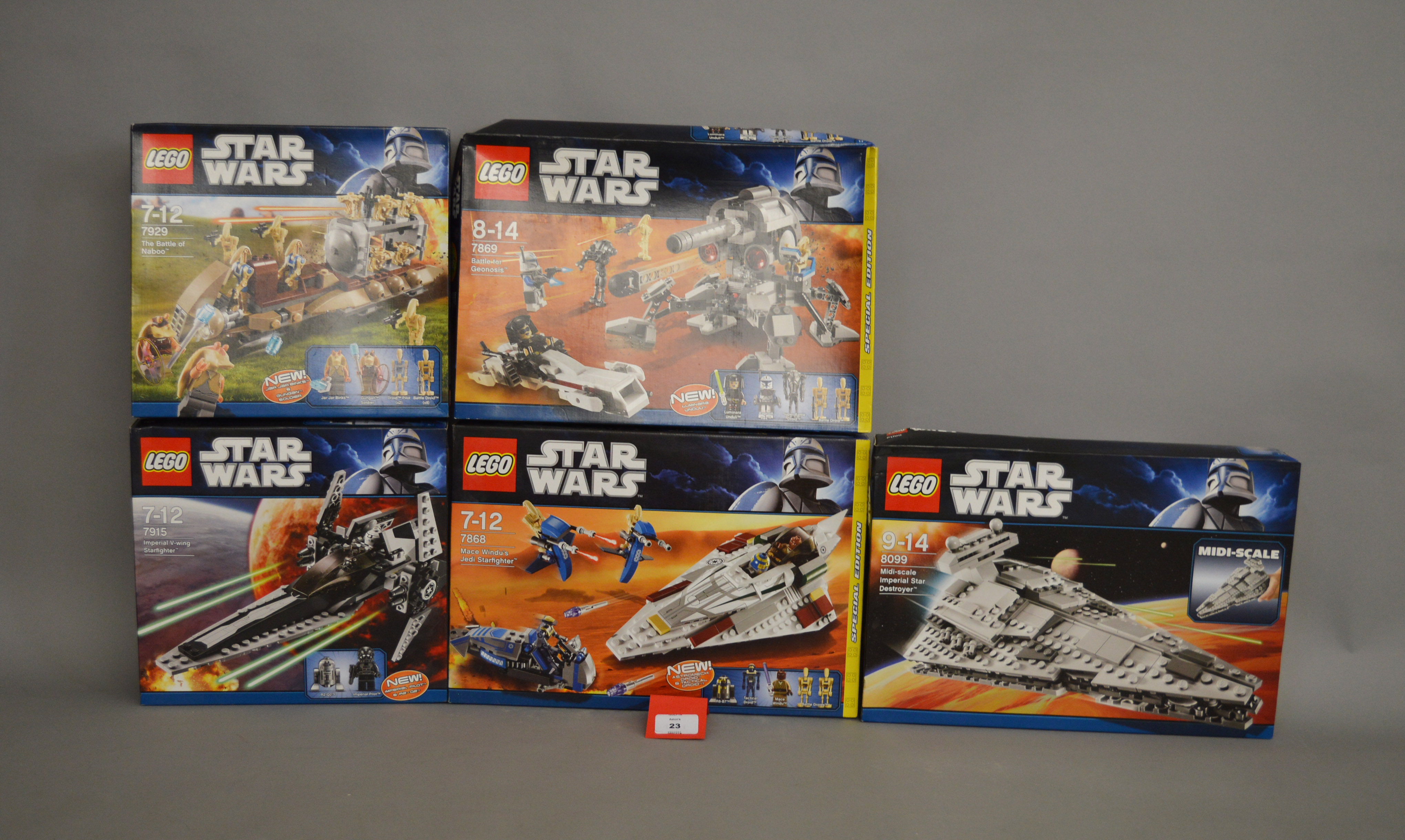 Lot 23 - Five Lego Star Wars sets: 8099 Midi-scale Imperial Star Destroyer; 7869 Battle for Geonosis;