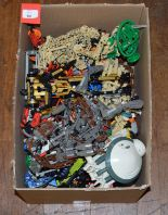 Lot 50 - Good quantity of Lego Technic pieces and models.
