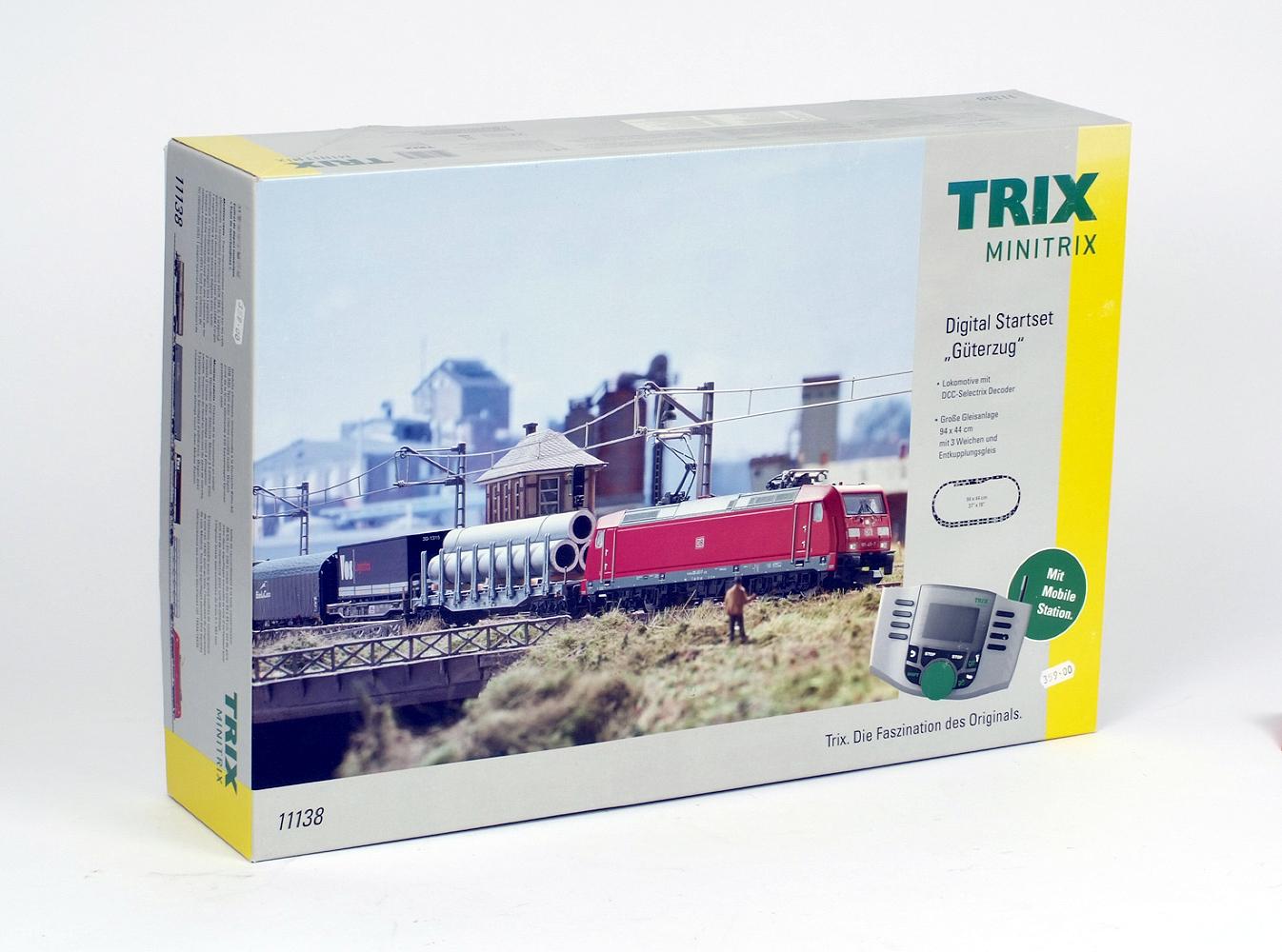 Lot 33 - N Gauge. A boxed Trix Minitrix #11138 Digital Starter Set 'Güterzug', E boxed.