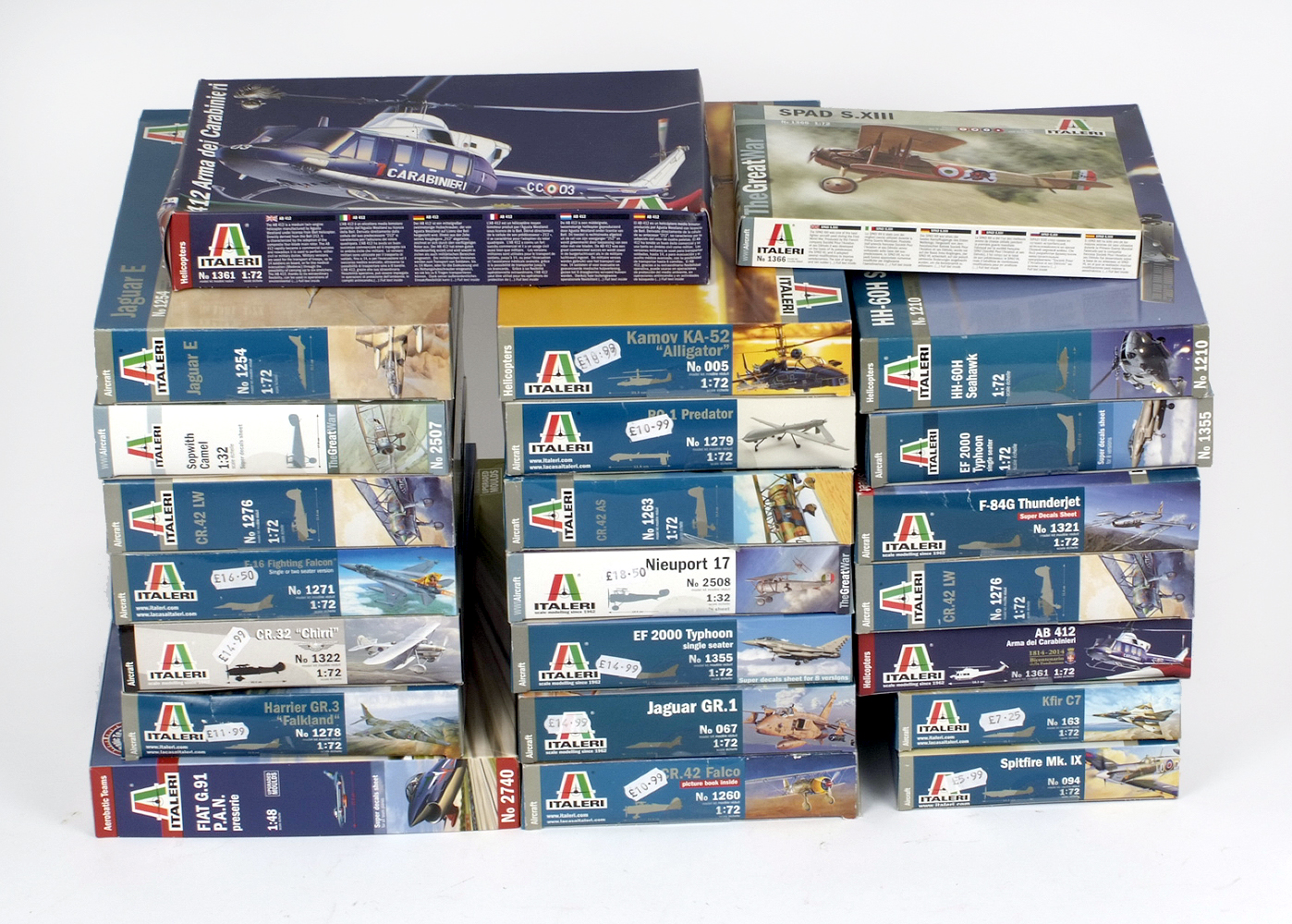 Lot 4 - 23 x Italeri aircraft plastic model kits. All boxed, unstarted and complete.