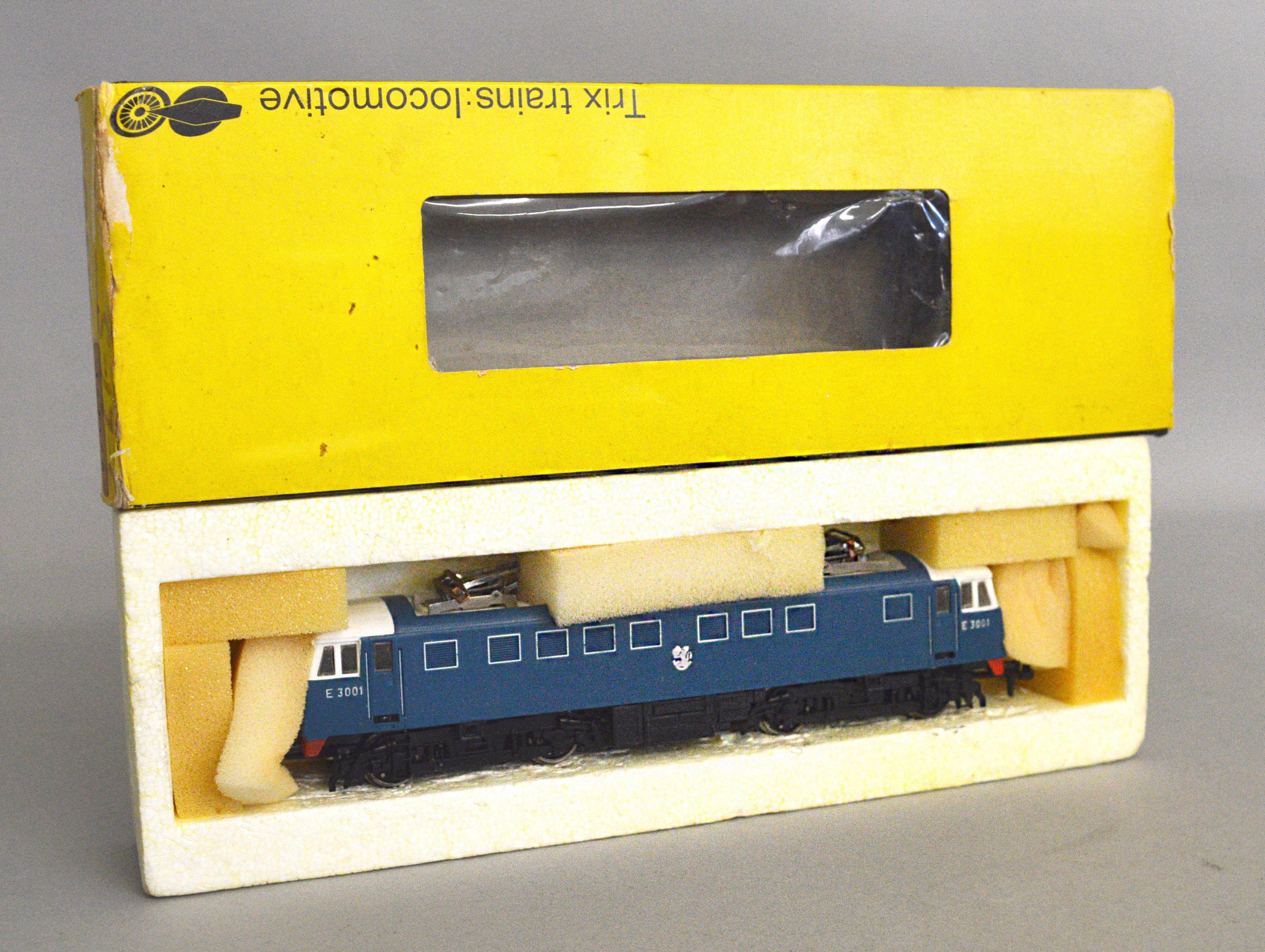 Lot 50 - A boxed Trix Trains #1128 AL1/81 Electric Bo-Bo Locomotive 'E3001' with twin pantographs,