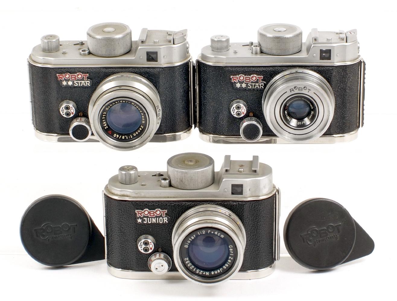 Lot 24 - Two Robot Star & a Robot Junior Clockwork Cameras. #D156283 (working) with Xenar 37.5mm f2.