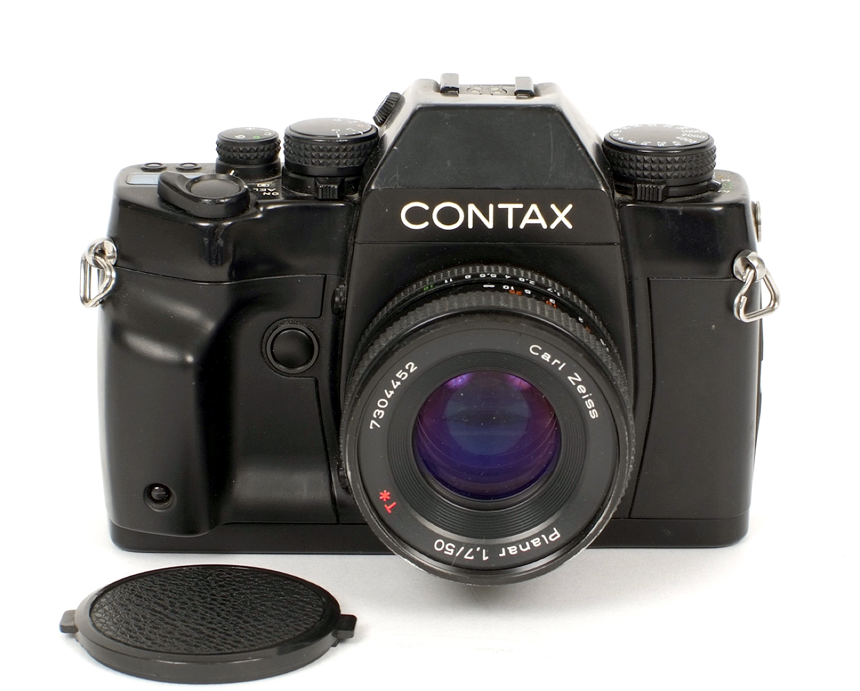 Lot 12 - Contax RX 35mm SLR Body. #009880 with CZ Planar 50mm f1.7 lens (condition 5/6F).
