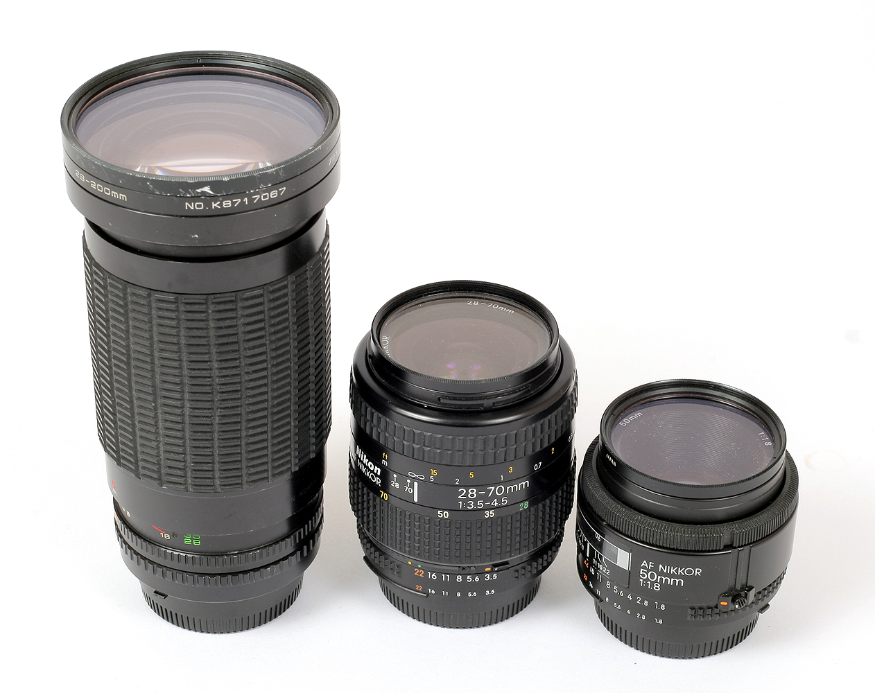 Lot 38 - Sigma 600mm (NOT 500mm) Mirror Lens & Other Nikon Fit Manual Focus Lenses.
