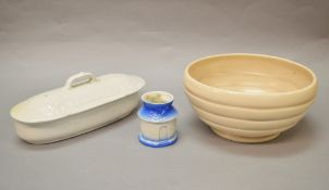 A Clarice Cliff bowl (19cm diameter).