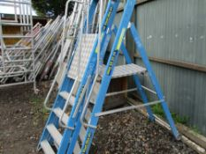 2NO SETS OF BLUE GRP STEP LADDERS