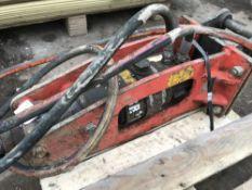 SANDVIK BR111A010 BREAKER ON 25MM PINS, TESTED AND REGASSED. NO VAT ON HAMMER PRICE