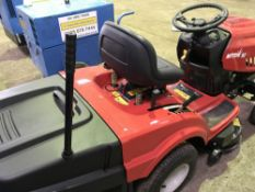 MTD92 LAWN TRACTOR, UNUSED, C/W COLLECTOR