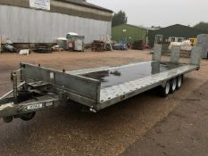BATESON TILT BED TRIAXLED TRAILER YEAR 2015. OWNED FROM NEW. DATA TAGGED. 20FT X 7FT BED SIZE.