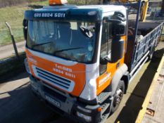 iveco stralis 18 tonne builders merchants lorry with Terex crane year 2007 registered