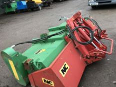NC 3-POINT LINKAGE MOUNTED TRACTOR BRUSH C/W COLLECTOR SN: 32566