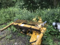LORRY MOUNTED CRANE. ….sold under the Auctioneer's Margin Scheme, therefore NO VAT chargeable on the