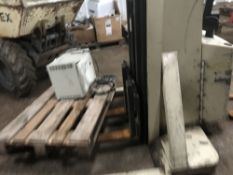 Crown battery pedestrian forklift, yr1999, direct from company liquidation SN:3A108568 When tested