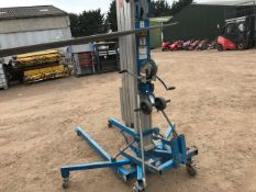 GENIE SLA 20 MATERIAL HOIST UNIT YEAR 2008 BUILD WITH FORKS