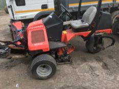 JACOBSEN TRI KING TRIPLE RIDE ON CYLINDER MOWER, KUBOTA ENGINE When tested was seen to run and