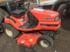 Kubota G2160 diesel mower tractor, reg. EU08 ORS SN: 12404 When tested was seen to run and drive