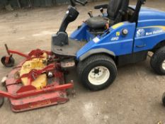 New Holland 4wd out-front mower WHEN TESTED WAS SEEN TO DRIVE AND MOWERS TURNED