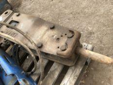 Hydraulic breaker on 45mm pins