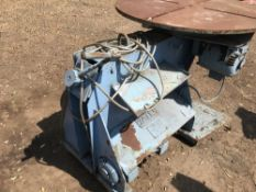 YATES ROTARY WELDING TABLE, COMES WITH FOOT PEDAL CONTROL, DIRECT FROM COMPANY LIQUIDATION