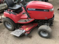Snapper 27hp ride-on mower c/w rear 3pt linkage WHEN TESTED WAS SEEN TO RUN AND DRIVE AND MOWERS