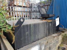Waste oil tank - steel tank 6'x4'x4' Approx 2000L LOT LOCATION: TN14 6EP. OKEEFE