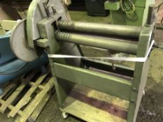 SMALL SET OF HAND OPERATED ROLLS, CIRCA 2FT WIDTH Sourced directly from a small sized training