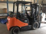 Lot 123 - 2012 DOOSAN MODEL 25, 4500LBS, TRIPLE STAGE MAST, PROPANE FORKLIFT VIN: FGA08179003370
