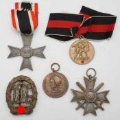 Fünf Orden 2. Weltkriegsog. III. Reich, KVK 2. Klasse mit und ohne Schwerter, Sportabzeichen Bronze,