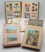 Umfangreiches DDR Briefmarken und Postkarten Konvolutca. 850 Briefmarken, Blocks und Sätze in zwei