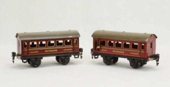 Zwei Märklin Mitropa Schlafwagen 1725, Spur 0, um 1930Blech lithografiert, bespielter Zustand, L. 15