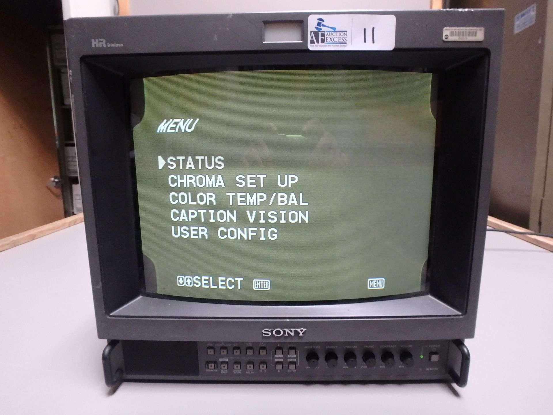 Lot 11 - SONY MONITOR
