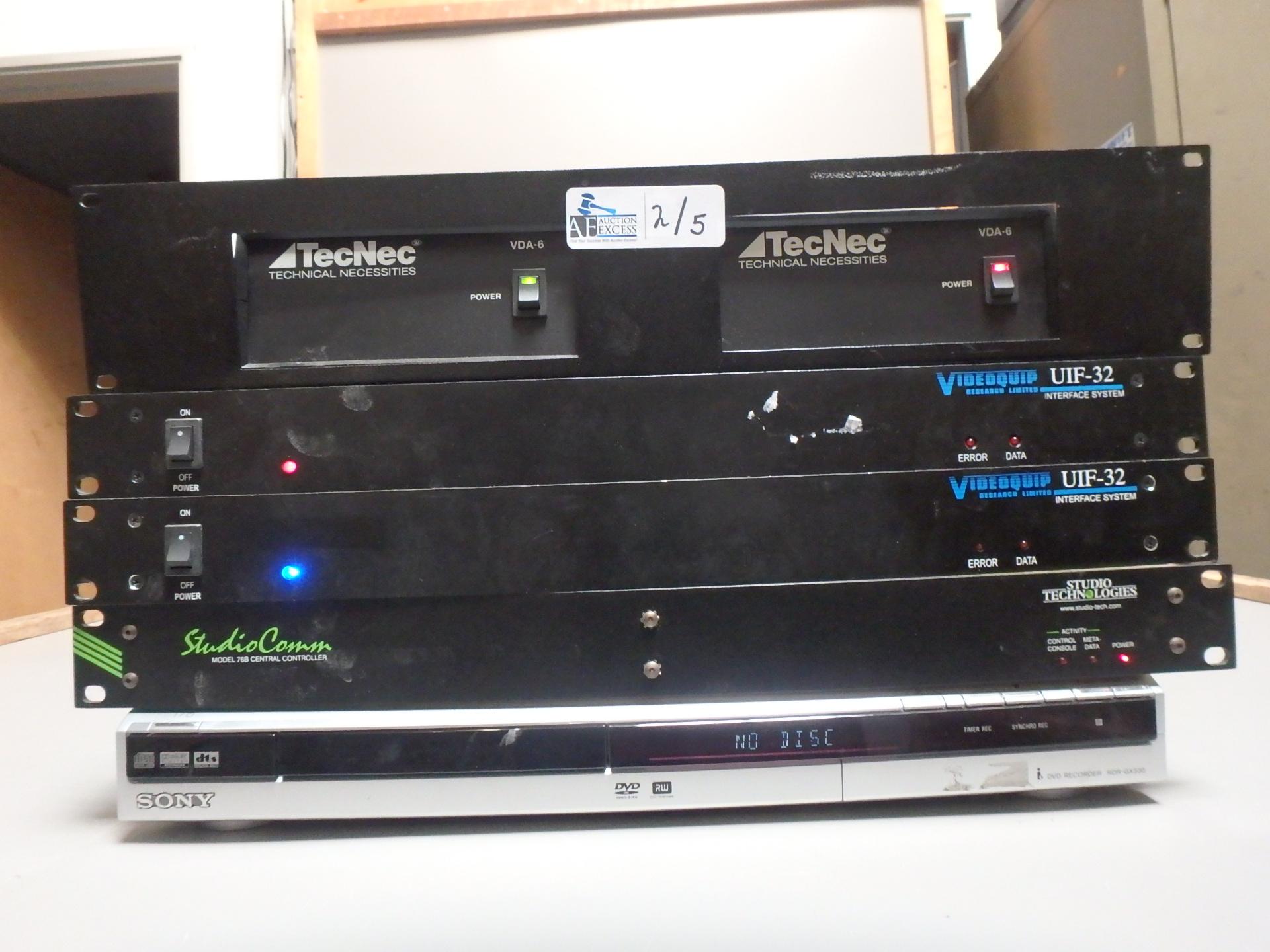 Lot 2 - LOT OF 5 ELECTRONICS