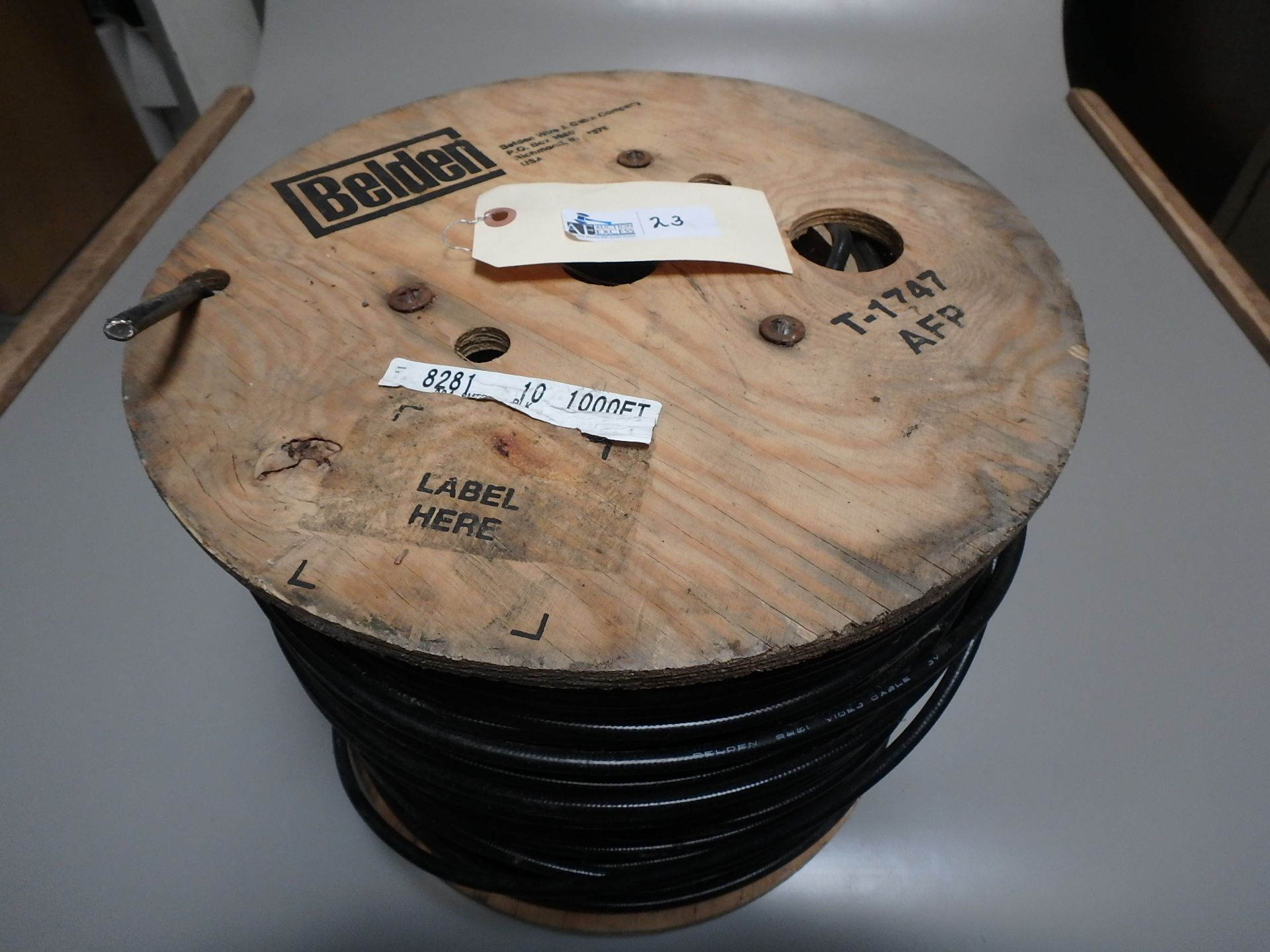 Lot 23 - SPOOL BELDEN