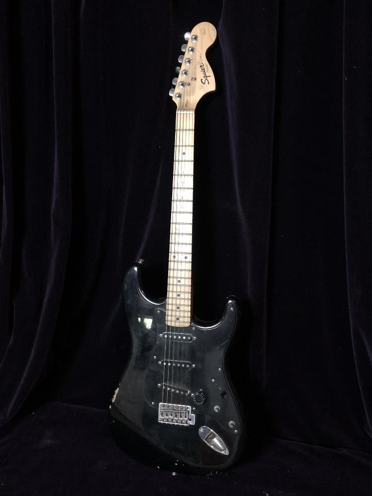Lot 31 - Electric guitar