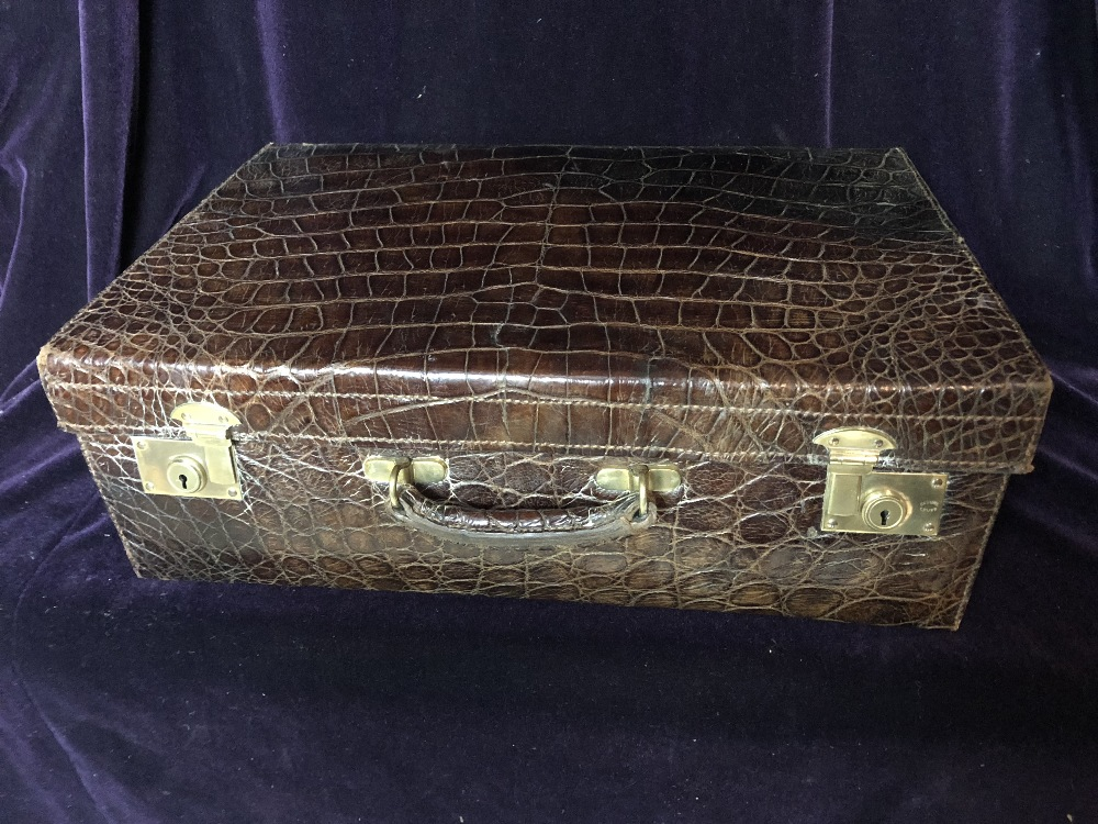 Lot 51 - Travelling case