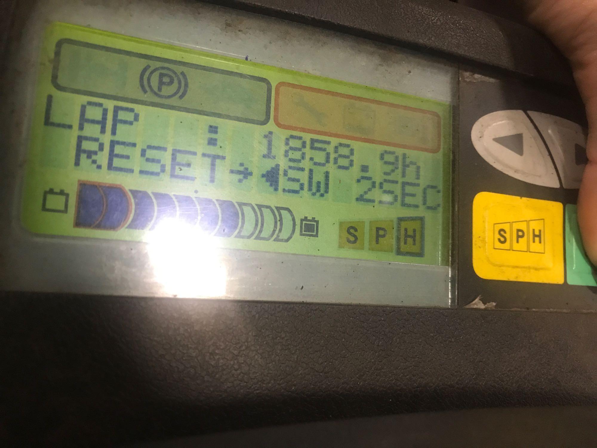 Lot 37 - 2013 TOYOTA 7FBEU15 ELECTRIC FORKLIFT, 3,000 LB LIFT CAPACITY, CLAMP ATTACHMENT